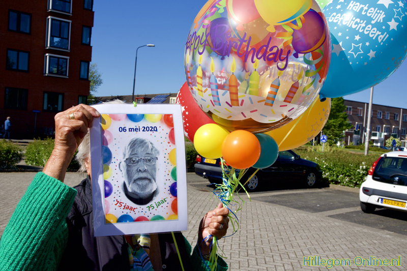 200506-serenade-voor-75-jarige-Aad-van-Schaik-Tonny-102