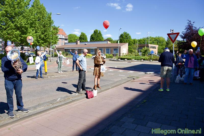 200506-serenade-voor-75-jarige-Aad-van-Schaik-Tonny-114
