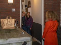 201223-Verrassing-Nissa-Cafe-bij-Barry-105