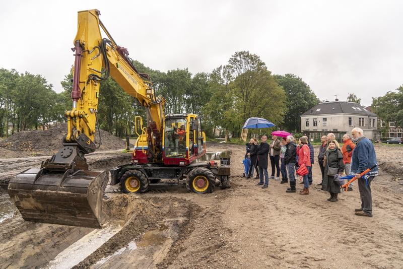 Rondleiding door het toekomstige Van Nispenpark tijdens Dag van de bouw