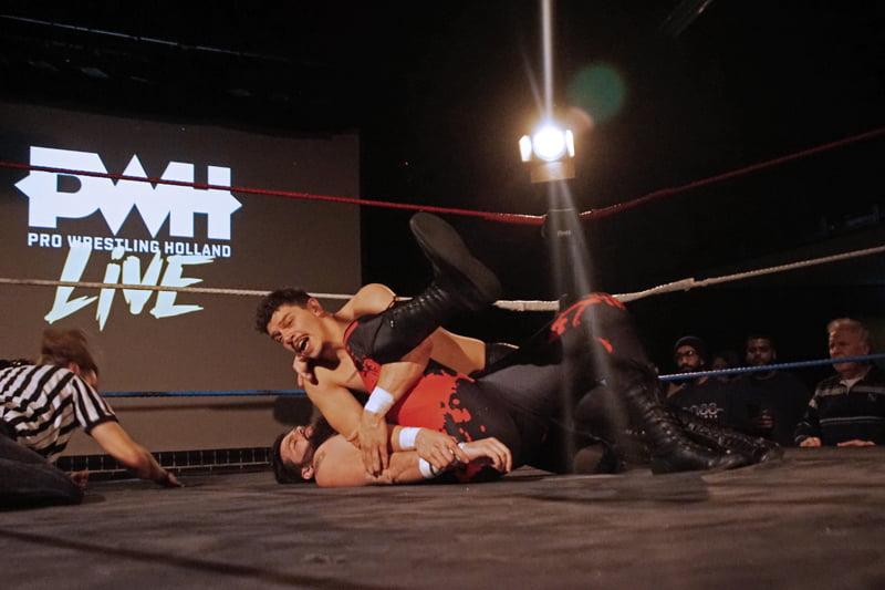 Het ging er weer wild aan toe met Pro Wrestling Holland
