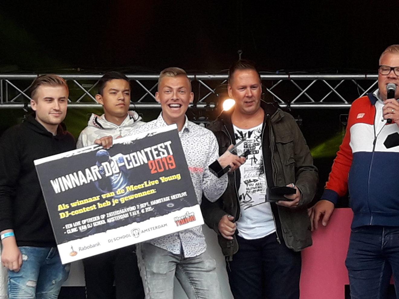 DJEFF wint DJ contest Meerlive