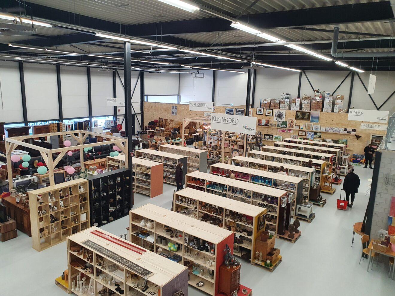 Opening kringloopwinkel Rataplan in Hillegom