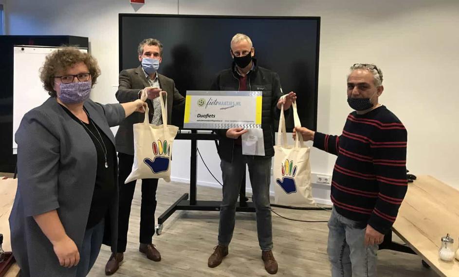 HLT Uitdaging matcht duurzame mondkapjes voor 6 stichtingen