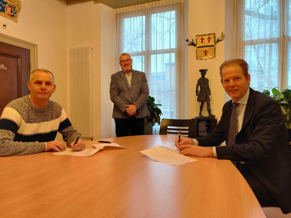 Ad van den Heuvel nieuwe consul voor de Oorlogsgravenstichting