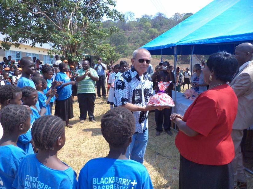 "John Vink Stichting ""Op Eigen Benen"" Zambia"