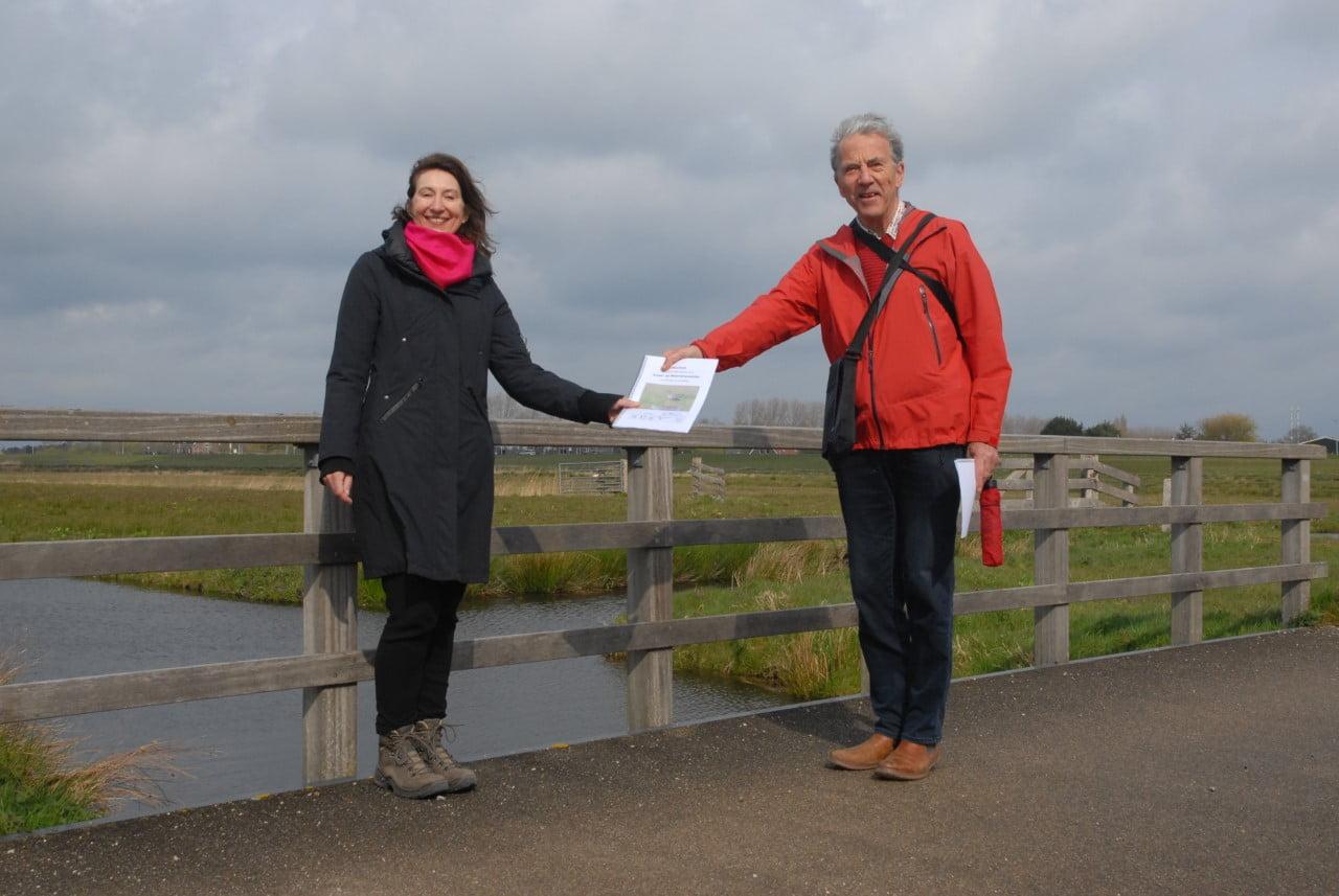 Natuurorganisaties overhandigen manifest aan wethouder Hoekstra