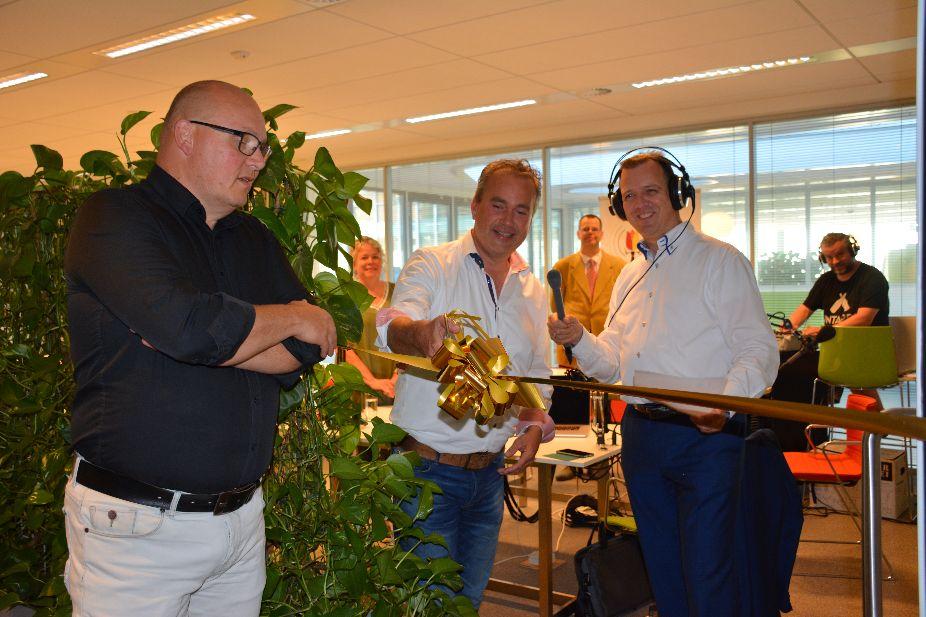 Wethouder van Rijn opent nieuwe BoBizzNizz-studio