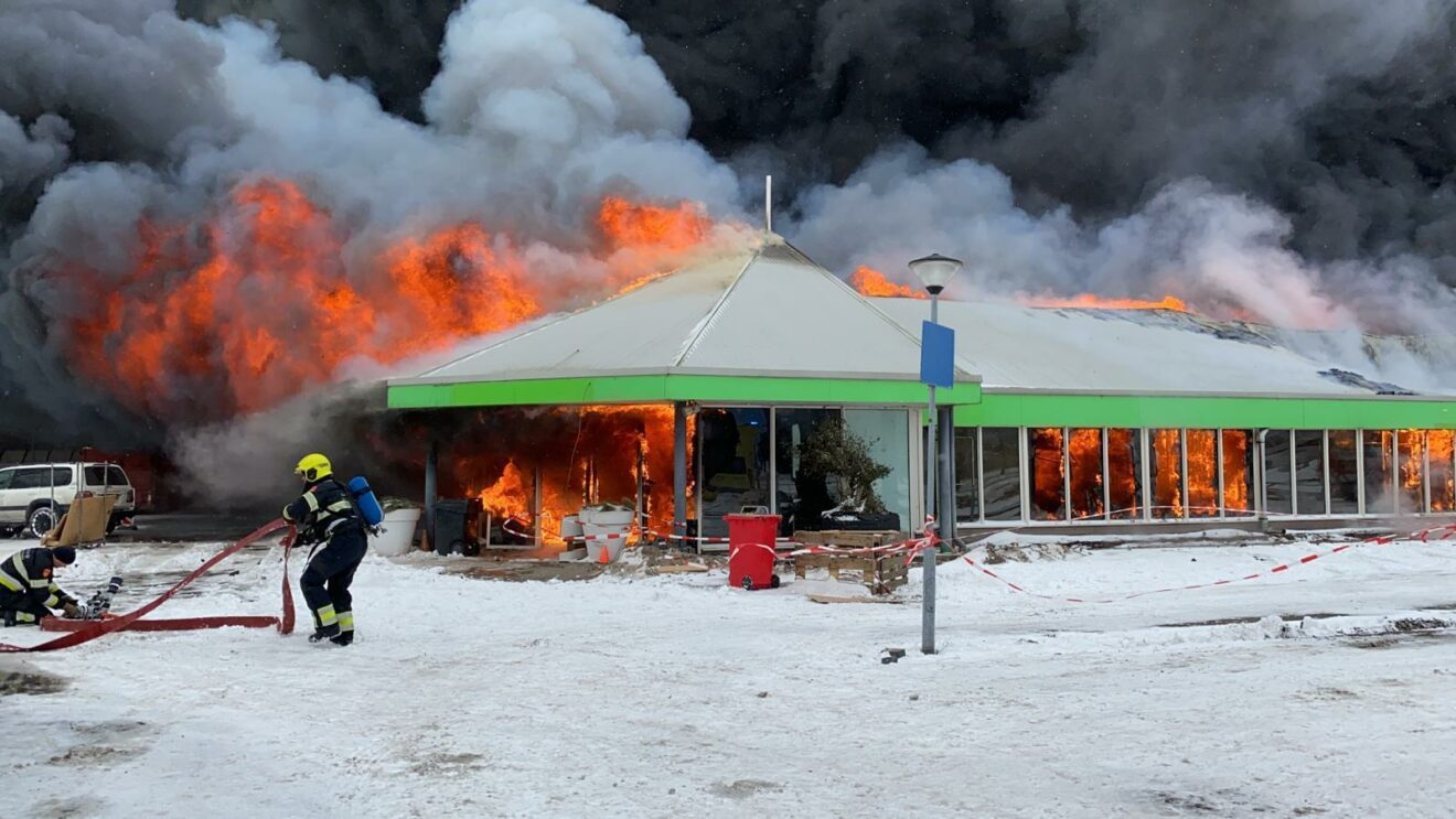 Grote brand Tuincentrum Overvecht